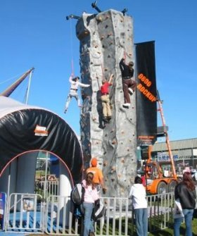 Kids_fair_rock_climbing_wall_4.jpg